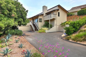 2209 Vista Del Campo,Santa Barbara,Santa Barbara,93101,4 Bedrooms Bedrooms,2.5 BathroomsBathrooms,Single Family Home,Vista Del Campo,1081